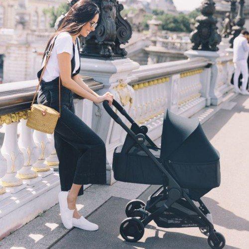 Кош за новородено Ergobaby Metro Черен